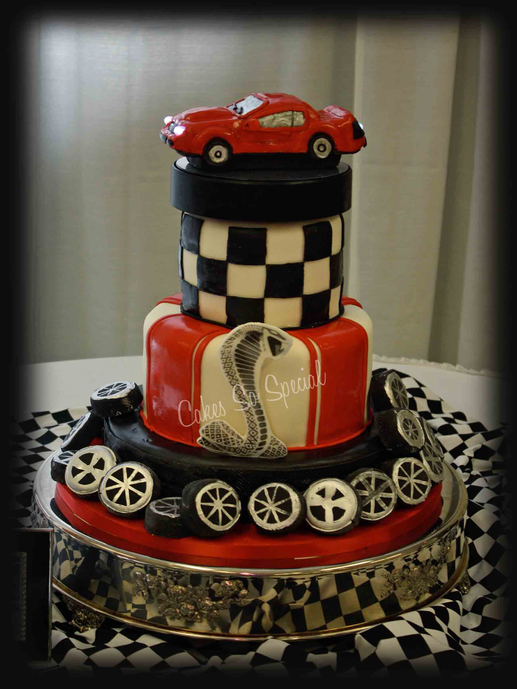Wedding Cakes Grooms Cakes in Texas
