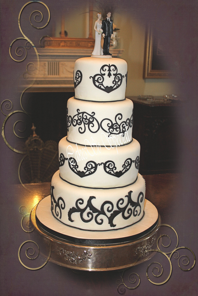 Wedding Cakes Nederland  Beaumont  Port Arthur  Southeast  Texas. Old Hollywood Wedding Cakes. Home Design Ideas