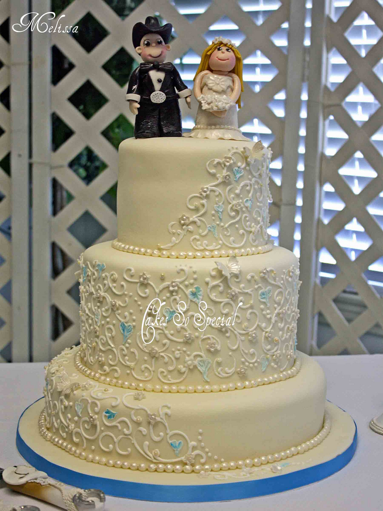 Wedding Cakes Can Be Delivered In Southeast Texas Port Arthur Groves